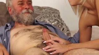 Daddy dp and old man cums in girls pussy Confound your girlduddy and