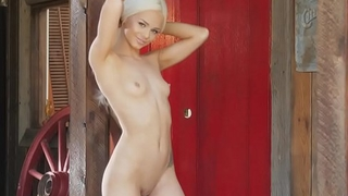 Be guided by Door Babes Elsa Jean Masturbates