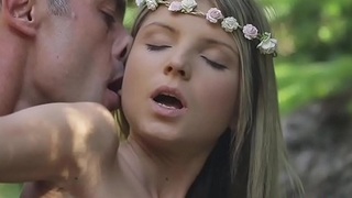 Hipster girl got fucked in the woods - Gina Gerson